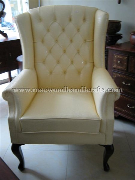 Wing Rexine Chair