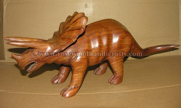 Wooden Dinosaurs Statue