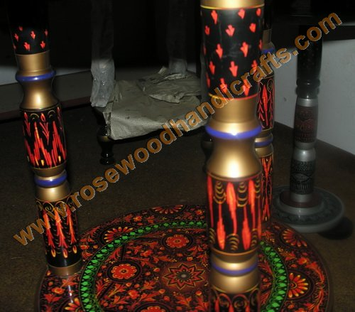 Wooden Lacquer Table with 3 Pillars