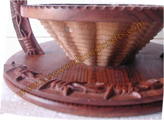 Wooden Cowboy Shape Collapsible Spring Basket