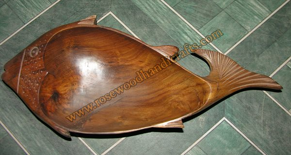 Fish Shape Wooden Dry Fruit Tray