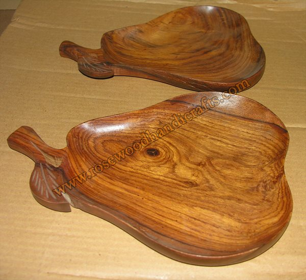 Wooden Pear Shape Dry Fruit Tray