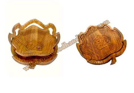 Wooden Leaf Shape Single Compartment Spring Basket