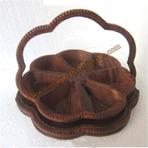 Wooden Flower Shape 7 Compartments Spring Basket