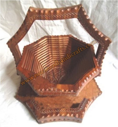 Wooden Star Shape Single Compartment Spring Basket