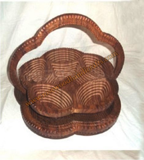 Wooden Flower Shape 6 Compartments Spring Basket