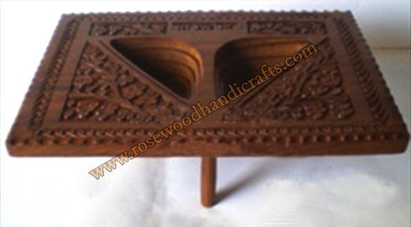 Wooden Quadrilateral Shape 2 Compartments Spring Basket