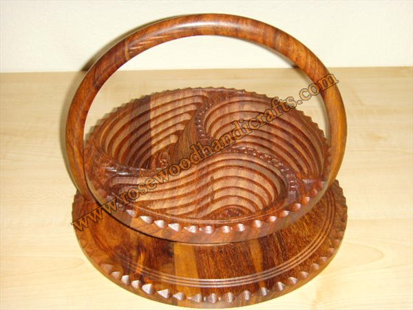 Wooden 3 Compartments Spring Basket